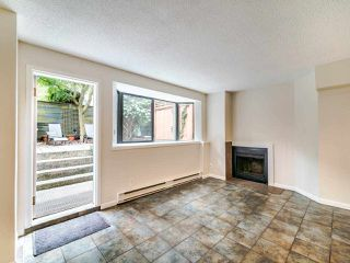"""Photo 3: 105 1922 W 7TH Avenue in Vancouver: Kitsilano Townhouse for sale in """"MAPLE GARDENS"""" (Vancouver West)  : MLS®# R2506845"""