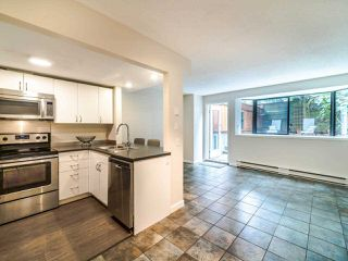 """Photo 7: 105 1922 W 7TH Avenue in Vancouver: Kitsilano Townhouse for sale in """"MAPLE GARDENS"""" (Vancouver West)  : MLS®# R2506845"""