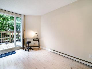 """Photo 13: 105 1922 W 7TH Avenue in Vancouver: Kitsilano Townhouse for sale in """"MAPLE GARDENS"""" (Vancouver West)  : MLS®# R2506845"""