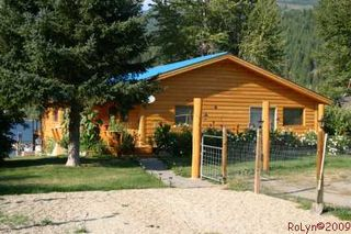 Photo 5: #2; 8758 Holding Road in Adams Lake: Waterfront with home House for sale : MLS®# 110447