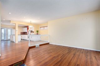 Photo 3: 15428 102 Street in Edmonton: Zone 27 House for sale : MLS®# E4224241