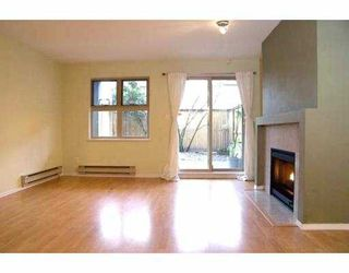 Photo 3: 935 W 15TH Ave in Vancouver: Fairview VW Condo for sale (Vancouver West)  : MLS®# V635181