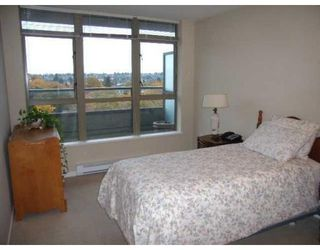 Photo 7: # 717 2799 YEW ST in Vancouver: Condo for sale : MLS®# V856310