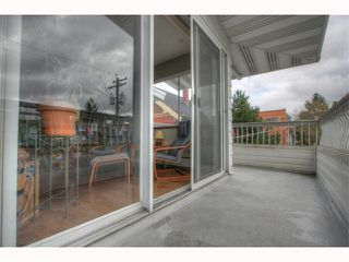 Photo 6: # 301 1790 W 11TH AV in Vancouver: Fairview VW Condo for sale (Vancouver West)  : MLS®# V819524