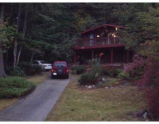 Photo 1: 7532 SECHELT INLET RD in Sechelt: House for sale : MLS®# V671946