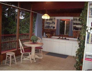 Photo 3: 7532 SECHELT INLET RD in Sechelt: House for sale : MLS®# V671946