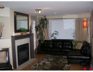 Photo 6: 404 33718 KING Road in Abbotsford: Poplar Condo for sale : MLS®# F2728066
