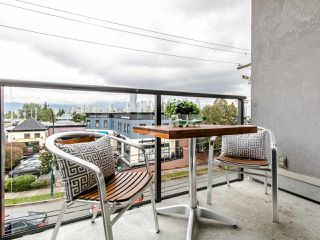"Photo 13: 16 1388 W 6TH Avenue in Vancouver: Fairview VW Condo for sale in ""NOTTINGHAM"" (Vancouver West)  : MLS®# R2411492"