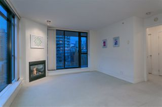 """Photo 6: 906 155 W 1ST Street in North Vancouver: Lower Lonsdale Condo for sale in """"Time"""" : MLS®# R2440353"""