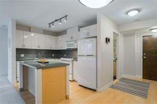 """Photo 3: 906 155 W 1ST Street in North Vancouver: Lower Lonsdale Condo for sale in """"Time"""" : MLS®# R2440353"""
