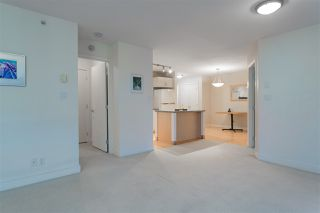 """Photo 14: 906 155 W 1ST Street in North Vancouver: Lower Lonsdale Condo for sale in """"Time"""" : MLS®# R2440353"""