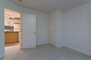 """Photo 18: 906 155 W 1ST Street in North Vancouver: Lower Lonsdale Condo for sale in """"Time"""" : MLS®# R2440353"""