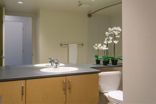 """Photo 17: 906 155 W 1ST Street in North Vancouver: Lower Lonsdale Condo for sale in """"Time"""" : MLS®# R2440353"""