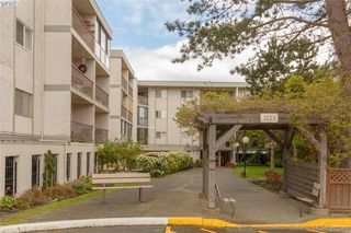 Photo 3: 318 3225 Eldon Place in VICTORIA: SW Rudd Park Condo Apartment for sale (Saanich West)  : MLS®# 423568