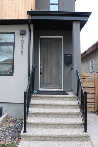 Photo 2:  in Edmonton: Zone 15 House Half Duplex for sale : MLS®# E4195958