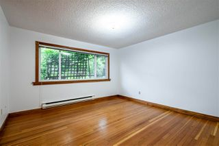"Photo 12: 103 2100 W 3RD Avenue in Vancouver: Kitsilano Condo for sale in ""PANORAMA PLACE"" (Vancouver West)  : MLS®# R2457956"