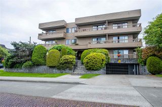 "Photo 2: 103 2100 W 3RD Avenue in Vancouver: Kitsilano Condo for sale in ""PANORAMA PLACE"" (Vancouver West)  : MLS®# R2457956"
