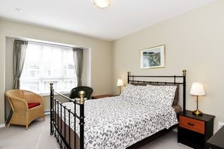Photo 11: 8 2487 156 Street in Surrey: King George Corridor Townhouse for sale (South Surrey White Rock)  : MLS®# R2459220