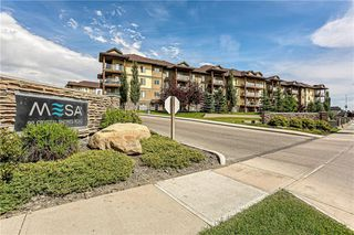 Photo 1: 3215 92 CRYSTAL SHORES Road: Okotoks Apartment for sale : MLS®# C4301331