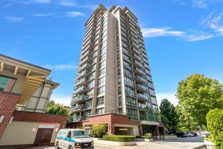 "Photo 1: 605 2959 GLEN Drive in Coquitlam: North Coquitlam Condo for sale in ""THE PARC"" : MLS®# R2476453"