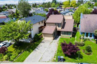 Photo 1: 2267 WILLOUGHBY Way in Langley: Willoughby Heights House for sale : MLS®# R2486367