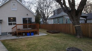 Photo 3: 77 McAdam Avenue in Winnipeg: West Kildonan / Garden City Residential for sale (North West Winnipeg)