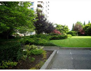 "Photo 9: 305 5652 PATTERSON Avenue in Burnaby: Central Park BS Condo for sale in ""CENTRAL PARK PLACE"" (Burnaby South)  : MLS®# V657205"