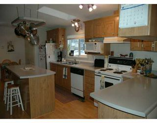 Photo 2: 4958 RANDLE Road in Prince George: Hart Highway Manufactured Home for sale (PG City North (Zone 73))  : MLS®# N160765