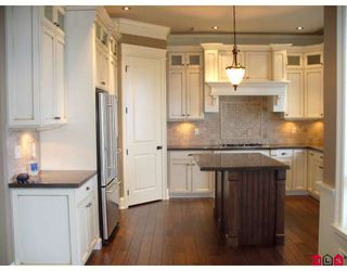 """Photo 2: 2630 EAGLE MOUNTAIN Drive in Abbotsford: Abbotsford East House for sale in """"EAGLE MOUNTAIN"""" : MLS®# F2800170"""