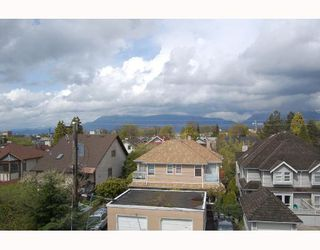 Photo 7: 4 2017 W 15TH Avenue in Vancouver: Kitsilano Townhouse for sale (Vancouver West)  : MLS®# V706066