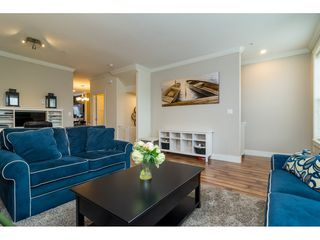 Photo 4: 21146 80A AVENUE in Langley: Willoughby Heights Condo for sale : MLS®# R2117701