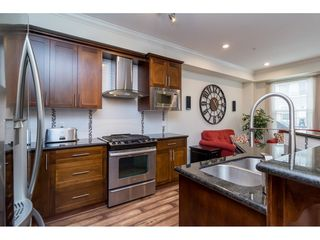 Photo 6: 21146 80A AVENUE in Langley: Willoughby Heights Condo for sale : MLS®# R2117701