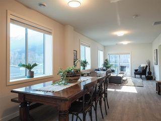 """Photo 7: 201 7322 OLD MILL Road: Pemberton Condo for sale in """"VISTA PLACE"""" : MLS®# R2431256"""