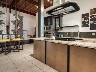 Photo 10: 318 10309 107 Street in Edmonton: Zone 12 Condo for sale : MLS®# E4186307