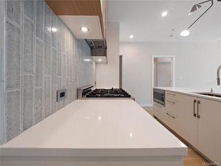 Photo 12: 304 2285 Bowker Ave in Oak Bay: OB North Oak Bay Condo Apartment for sale : MLS®# 840691