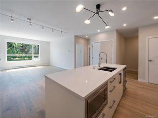 Photo 7: 304 2285 Bowker Ave in Oak Bay: OB North Oak Bay Condo Apartment for sale : MLS®# 840691