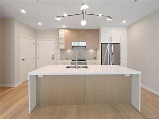 Photo 5: 304 2285 Bowker Ave in Oak Bay: OB North Oak Bay Condo Apartment for sale : MLS®# 840691