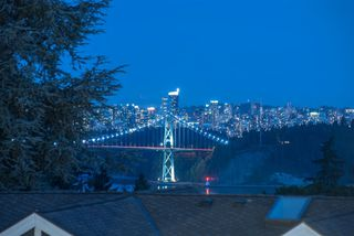 """Photo 20: 1360 QUEENS Avenue in West Vancouver: Ambleside House for sale in """"Ambleside"""" : MLS®# R2491952"""