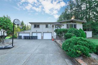 Photo 1: 2670 136 Street in Surrey: Elgin Chantrell House for sale (South Surrey White Rock)  : MLS®# R2499707