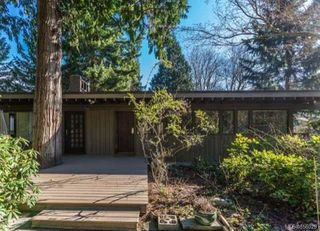 Photo 1: 3522 Stephenson Point Rd in : Na Hammond Bay House for sale (Nanaimo)  : MLS®# 856029