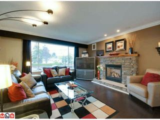 Photo 2: 15838 PROSPECT CR: White Rock Home for sale ()  : MLS®# F1226403