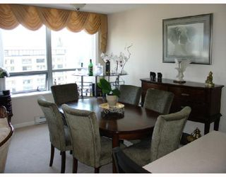 "Photo 3: 1303 612 6TH Street in New_Westminster: Uptown NW Condo for sale in ""THE WOODWARD"" (New Westminster)  : MLS®# V659240"