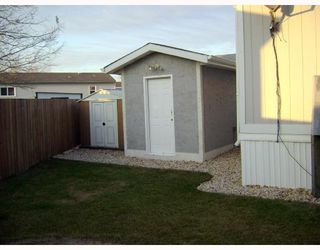Photo 4: 480 AUGIER Avenue in WINNIPEG: Westwood / Crestview Residential for sale (West Winnipeg)  : MLS®# 2718749