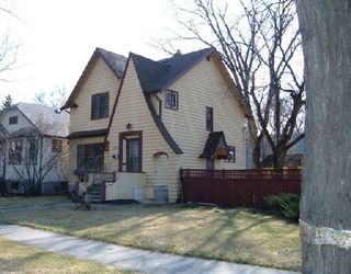 Photo 1: 230 LENORE ST in WINNIPEG: West End / Wolseley Single Family Detached for sale (Central Winnipeg)  : MLS®# 2907199