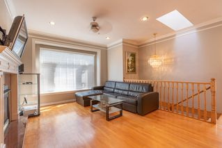 Photo 5: 3323 E 23RD Avenue in Vancouver: Renfrew Heights House for sale (Vancouver East)  : MLS®# R2390260