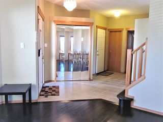 Photo 3: 11314 173 Avenue in Edmonton: Zone 27 House for sale : MLS®# E4176389