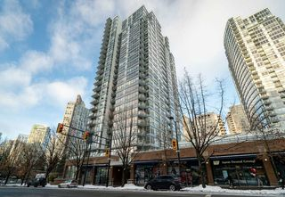 "Main Photo: 1503 939 EXPO Boulevard in Vancouver: Yaletown Condo for sale in ""MAX 2"" (Vancouver West)  : MLS®# R2430070"