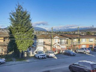 Photo 1: 5408 NORFOLK Street in Burnaby: Central BN House 1/2 Duplex for sale (Burnaby North)  : MLS®# R2454091