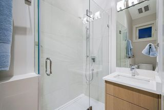 Photo 15: 2630 LAKEWOOD Drive in Vancouver: Grandview Woodland House 1/2 Duplex for sale (Vancouver East)  : MLS®# R2466673