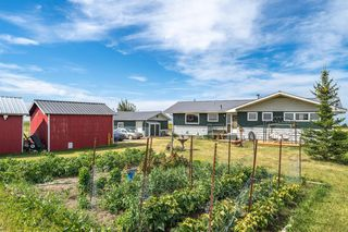 Photo 1: 288150 466 Avenue E: Rural Foothills County Detached for sale : MLS®# A1019465